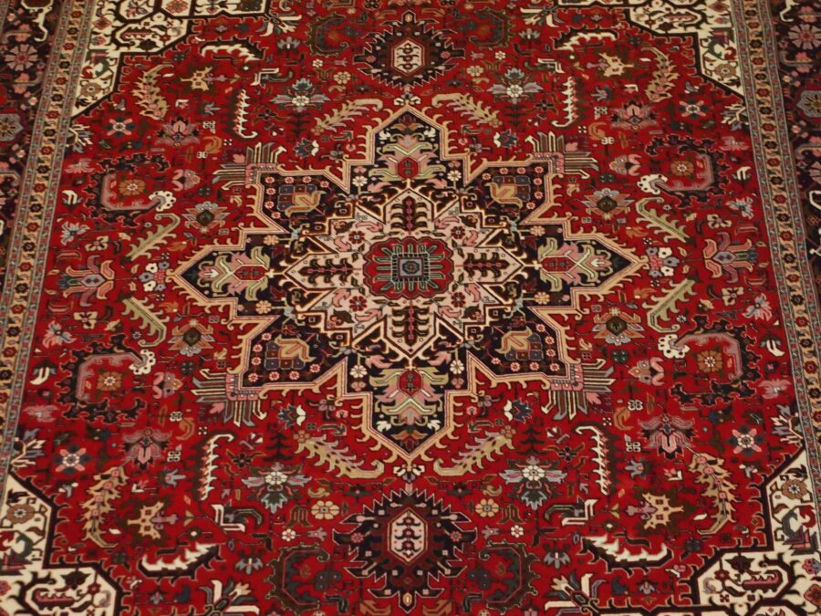 6'6'' X 9'7'' Persian Serapi Floral Geometric Medallion Traditional Hand-knotted Ivory,Peach Rectangle Wool Rug - Direct Rug Import | Rugs in Chicago, Indiana,South Bend,Granger