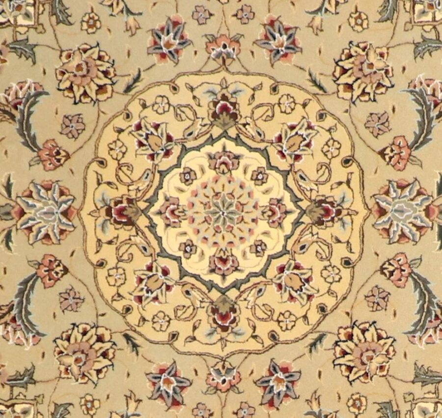 """5'6""""x5'6"""" Decorative Ivory Wool & Silk Hand-Tufted Rug - Direct Rug Import   Rugs in Chicago, Indiana,South Bend,Granger"""