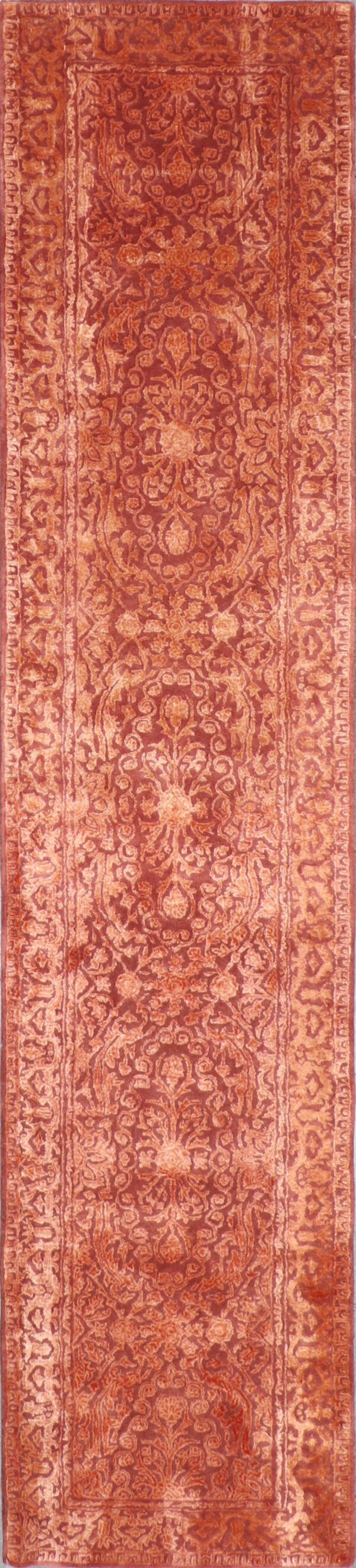 """2'6""""x11'8"""" Transitional Wool & Silk Hand-Tufted Rug - Direct Rug Import 
