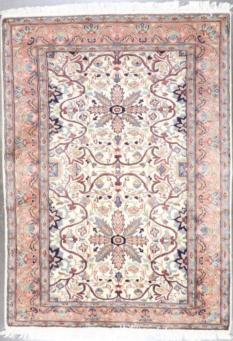 """4'2""""x5'11"""" Traditional Wool&Silk Hand-Knotted Rug - Direct Rug Import 