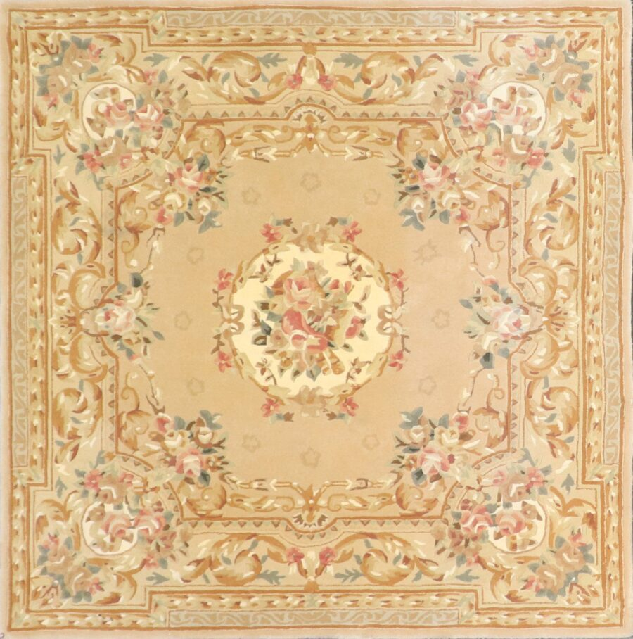 """5'7""""x5'7"""" Traditional Tan Wool & Silk Hand-Tufted Rug - Direct Rug Import   Rugs in Chicago, Indiana,South Bend,Granger"""