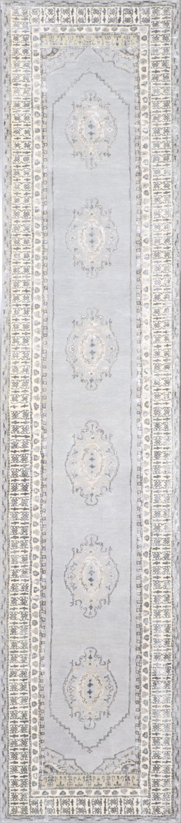 """2'9""""x12' Decorative Vintage Wool & Silk Hand-Tufted Rug - Direct Rug Import 