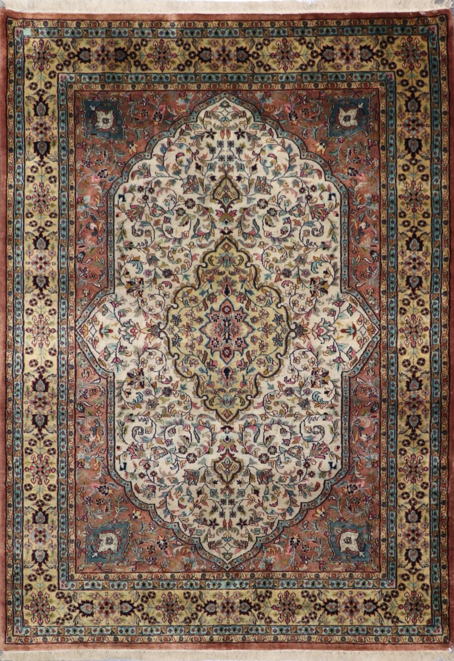 5'x8' Traditional Ivory Wool Hand-Knotted Rug - Direct Rug Import   Rugs in Chicago, Indiana,South Bend,Granger
